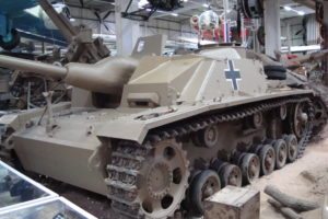 StuG III Ausf. G vorne links ATS